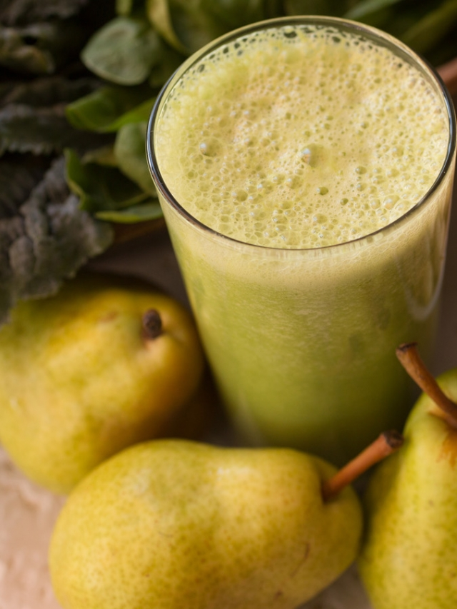 pears and other natural smoothie ingredients