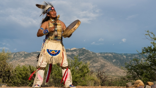 native american practitioner tony redhouse