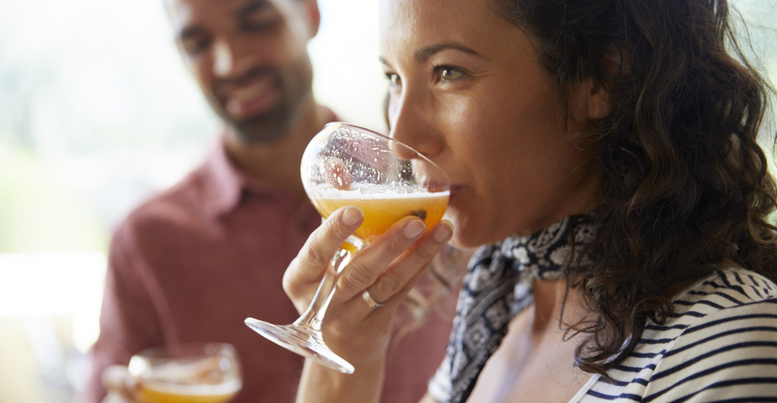 couple relaxing with fruity libations